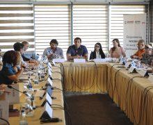 """Prezantimi i raportit """"E Drejta e Grave për Trashëgim në Pronë"""" - Foto: Atdhe Mulla"""