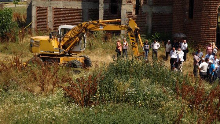 Pamje nga gërmimet në kampusin e UP-së - Foto: KALLXO.com