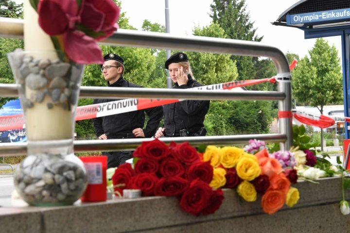 Pamje nga vendi ku u vranë tre të rinjtë me origjinë nga Kosova në Munich- Foto: AP/BETA