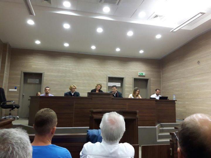 Pamje nga seanca ku u shpall aktgjykimi për rastin e shpërthimit në lokalin 'Sekiraqa' - Foto: KALLXO.com