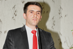 Shefi i Departamenti të Historisë, dr. Selim Bezeraj   Foto: Klubi Politik Egje & Adriatik
