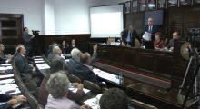 Senati i Universitetit të Prishtinës në kohën e përplasjeve mes senatorëve dhe ish-rektorit Ramadan Zejnullahu | Foto: KALLXO.com