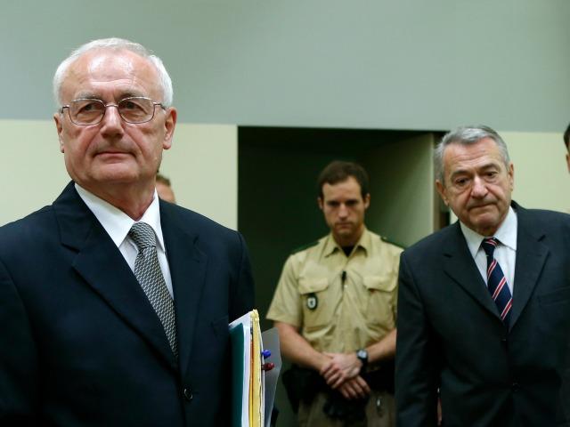 Josip Perkoviç (majtas) dhe Zdravko Mustaç (djathtas) në gjyq në Munih - Foto: Beta