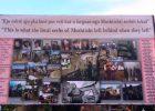 Pllakati në Mushtisht me fotografi nga lufta | Foto: KALLXO.com
