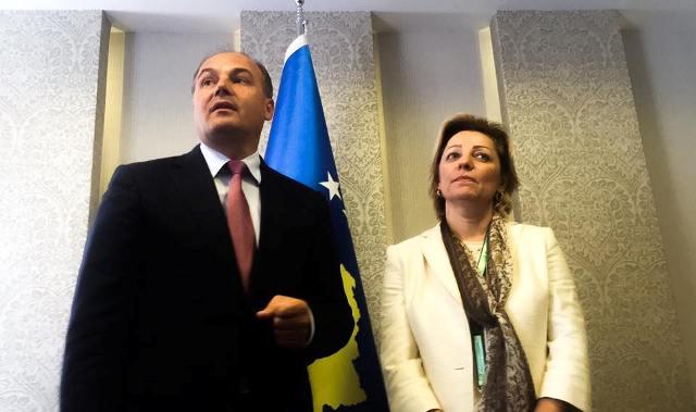Shefja e BE-së gjstë një takimi me Enver Hoxhajn | Foto: KALLXO.com