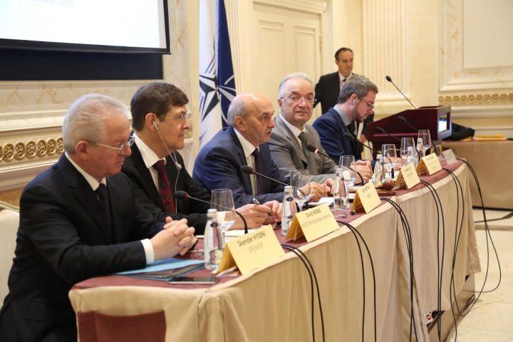 Kryeministri Mustafa në Seminarin e Asamblesë Parlamentare të NATO-s - Foto: ZKM