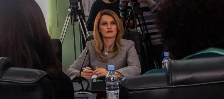 Ministrja në Komision | Foto: KALLXO.com
