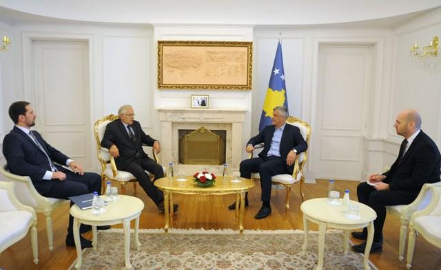 Takimi i Thaçit me Prenk Gjetajn | Foto: Presidenca