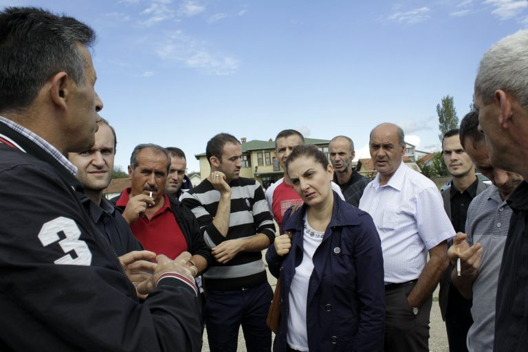 Dajana Berisha nga FIQ takohet me banorët e Hades | Foto: Ridvan Slivova