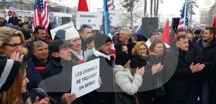 Protesta në Gjakovë në mbështetje të Ramush Haradinajt. Foto: Kallxo.com