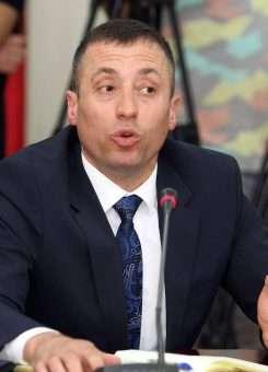 Ish-drejtori i përgjithshëm i Burgjeve, Artur Zoto. Foto: LSA