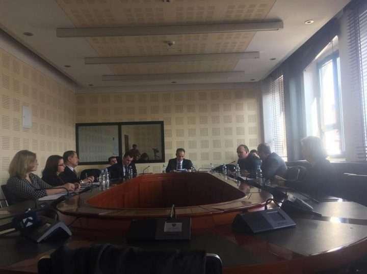 Pamje nga mbledhja e Komisionit për Arsim - Foto: KALLXO.com