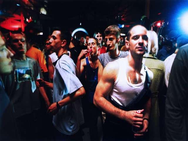 Letnja Industrija, një festë jashtë Qendrës Sava në vitin 1998 ose 1999. Foto: Srdjan Veljoviq.