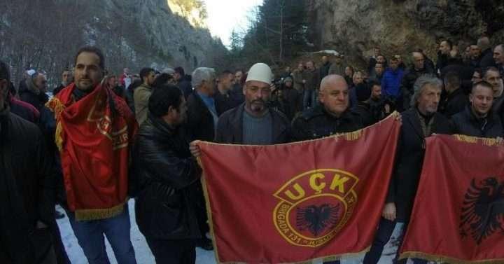 Protesta e veteranëve në Pejë kundër matjes së territorit   Foto: OVL-Pejë