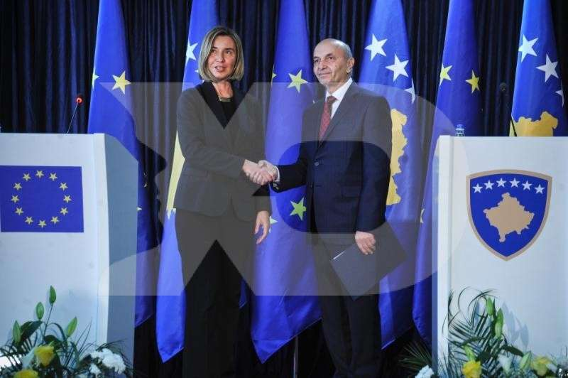 Mogherini-Mustafa-Press Point-013