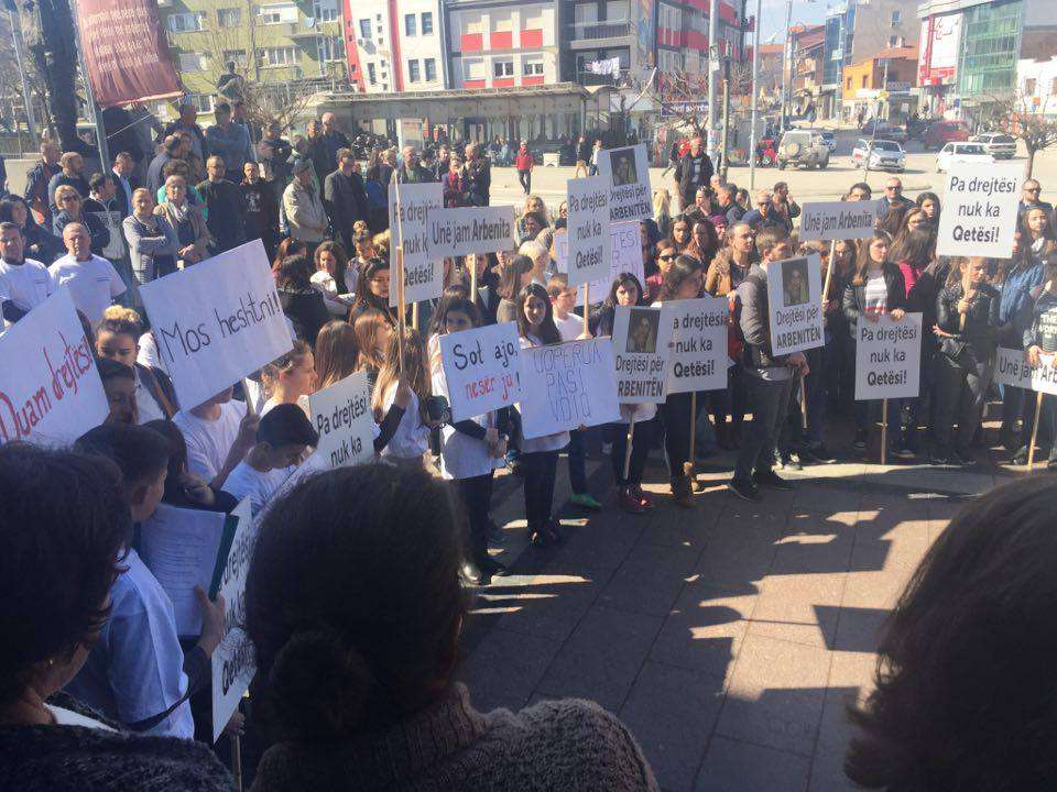protesta arbenita spahiu2