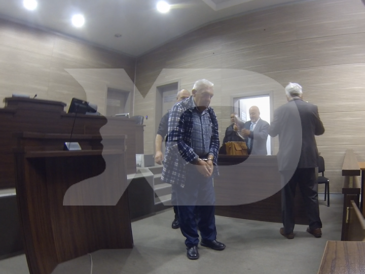 I Akuzuar për Krime Lufte  Skender Bislimi Del Para Gjykatës
