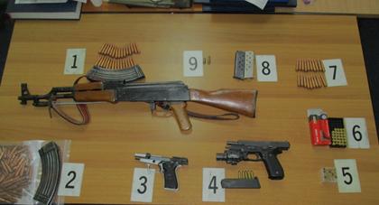 Gjendet Arsenal Armësh te i Dyshuari për Kërcënim