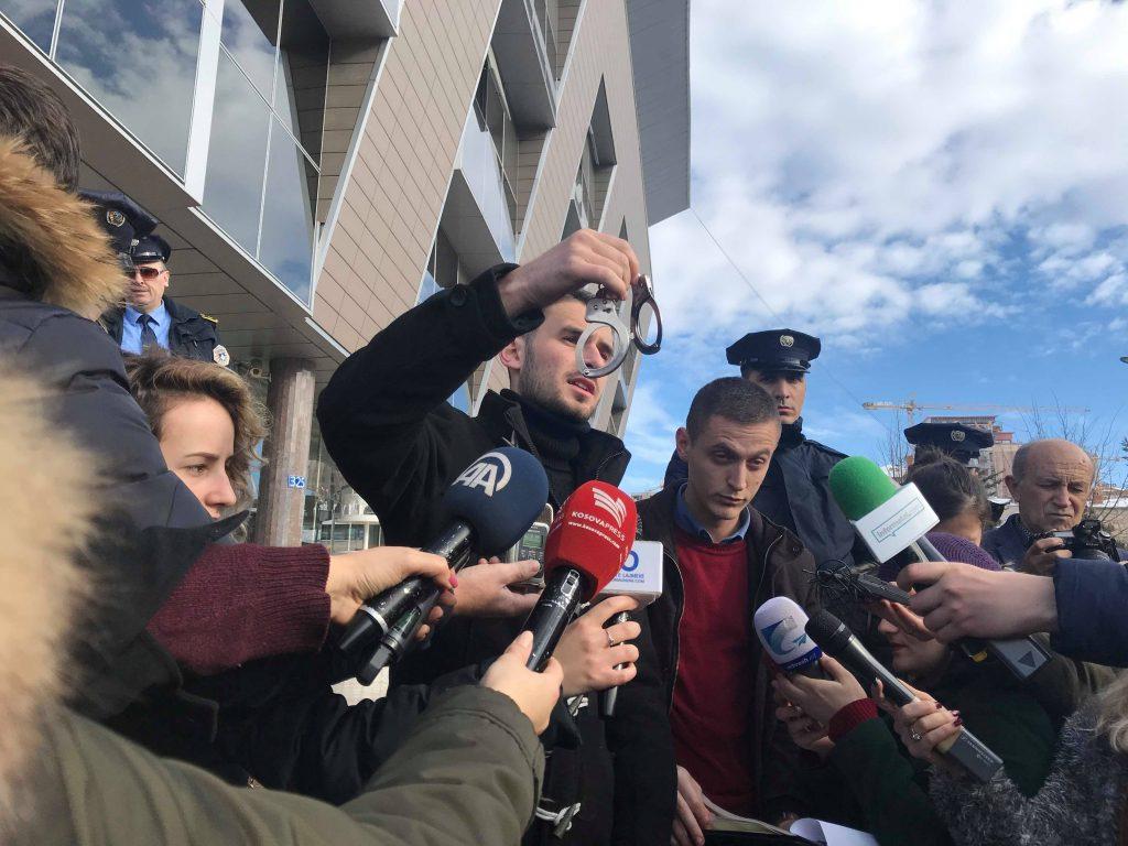 Studentët në protestë  kërkojnë ndaljen e punësimit të njerëzve të NISMA s