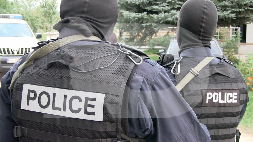 Pretendimi i nënës  Djali mu rrah në stacionin e policisë
