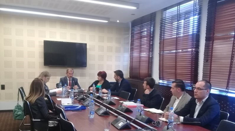 MKRS dhe KKTK përplasen për trashëgiminë në Komisionin Parlamentar