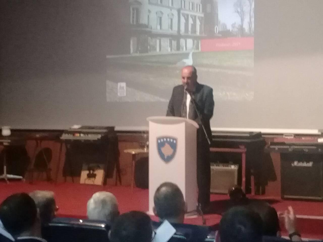 Njëzetëvjet nga Rambujeja  promovohet libri  Kështjella e  mos Marrëveshjes   i Adnan Merovcit