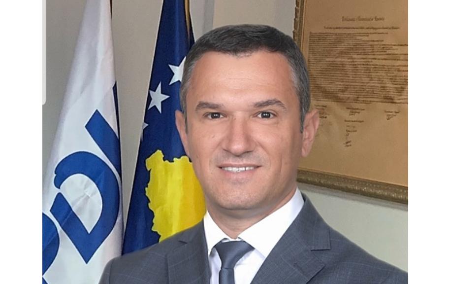 BIRN dhe Internews Kosova kërkojnë hetim për drejtorin e Postës nga Antikorrupsioni