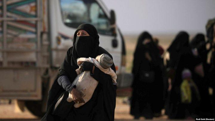 Gruaja refugjate në Siri kërkon të kthehet në Kosovë