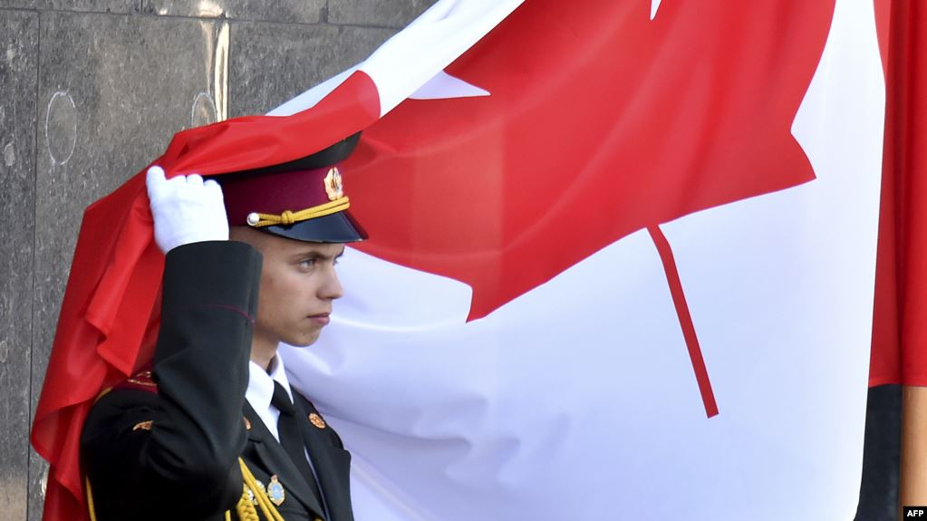 Kanadaja arreston një zyrtar të inteligjencës