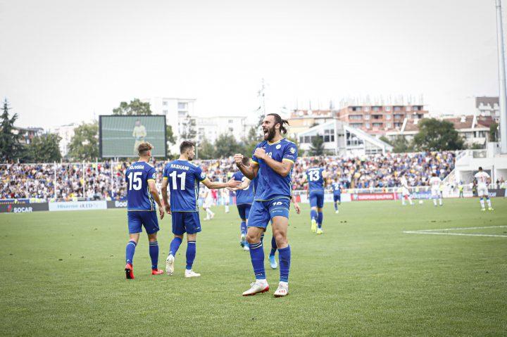 Edhe Manchester United vë në shënjestër yllin e kombëtares së Kosovës