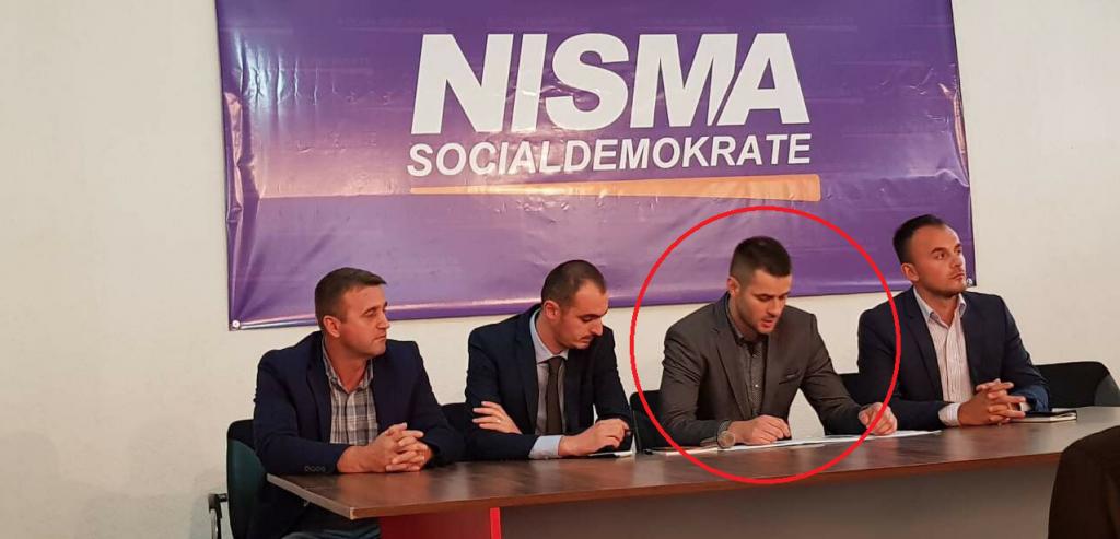 Petrit Xani gjatë një prezantimi në Nismen Socialdemokrate