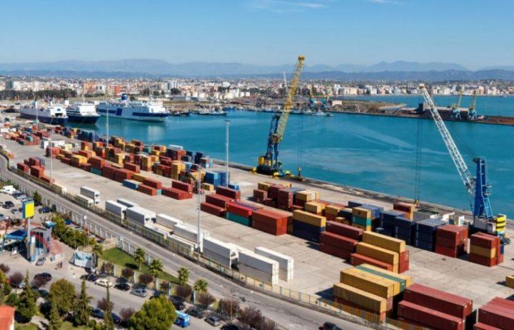 Ndalohet hyrja në Shqipëri e 27 tonelatave filetë pule nga Brazili