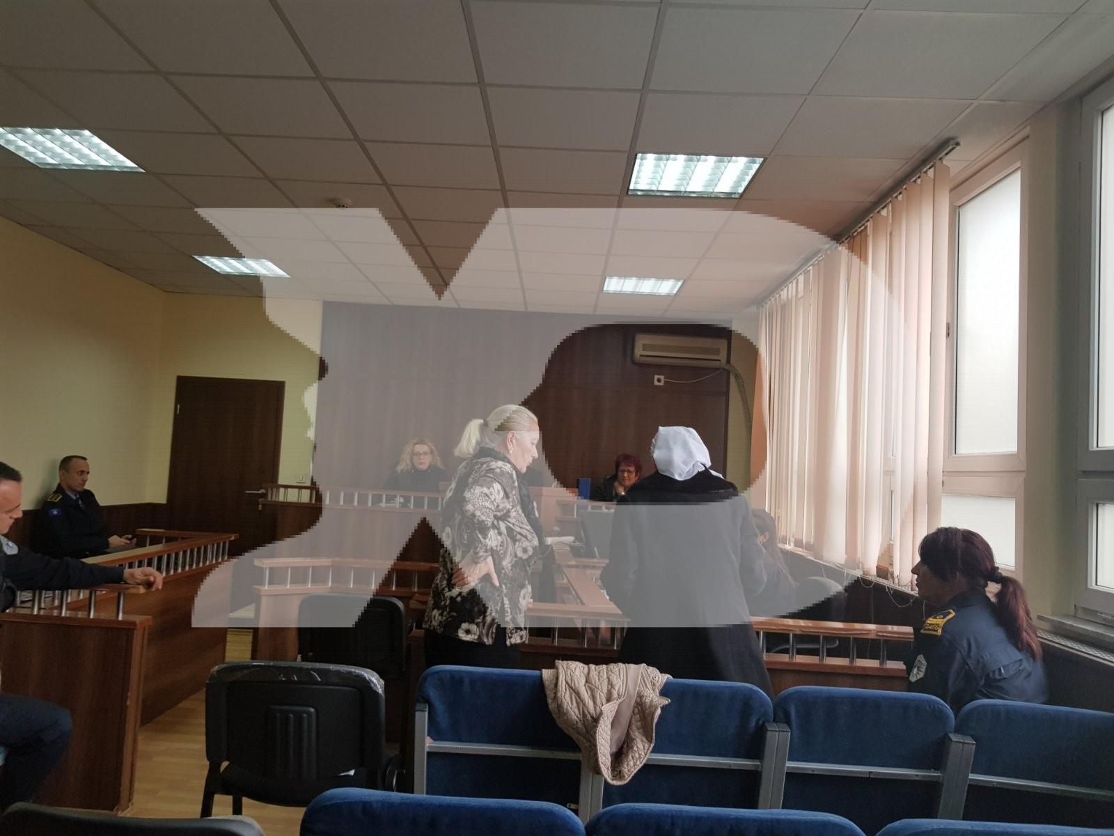 Vrasja e dy vëllezërve në Kosuriq të Pejës  nëna e viktimave i shkon te babai gjykatësit