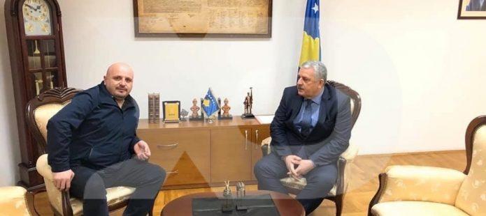 Takimi i mistershëm i Agim Veliut me të dënuarin nga Podujeva