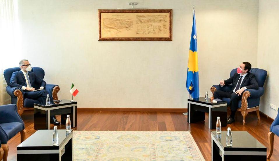 Albin Kurti takon ambasadorin italian