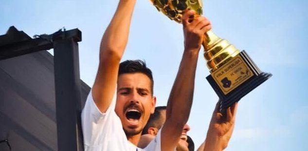 Lojtarë e tifozë të Dritës rrëfejnë si e përjetuan titullin e kampionit dy vite më parë