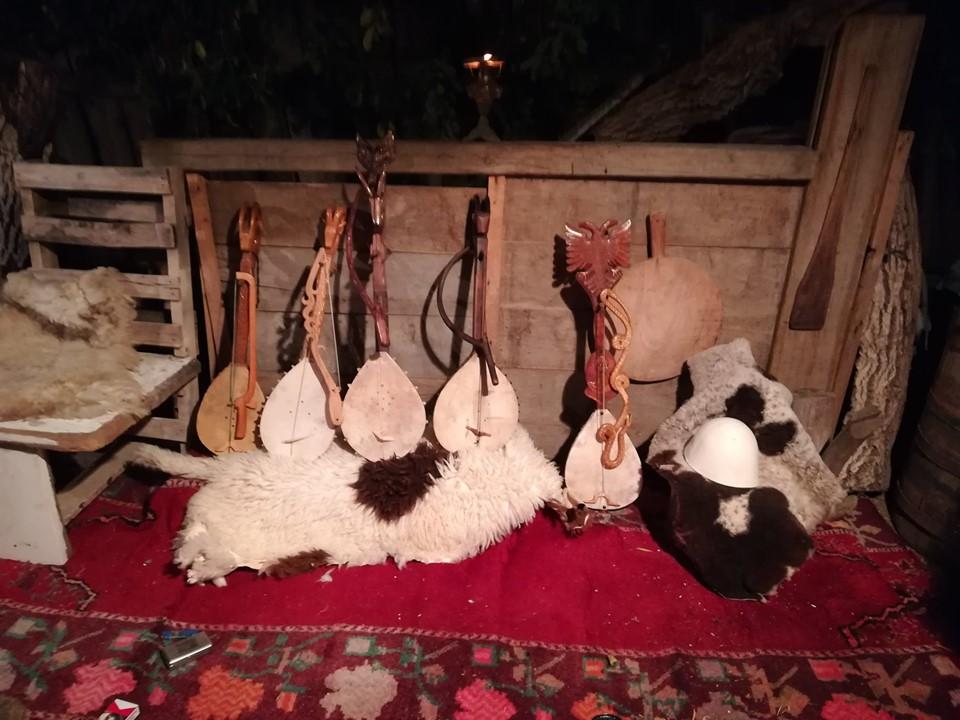 Ministria e Kulturës nuk e mbështet Festivalin e Lahutës   kërcënojnë  lahutarët
