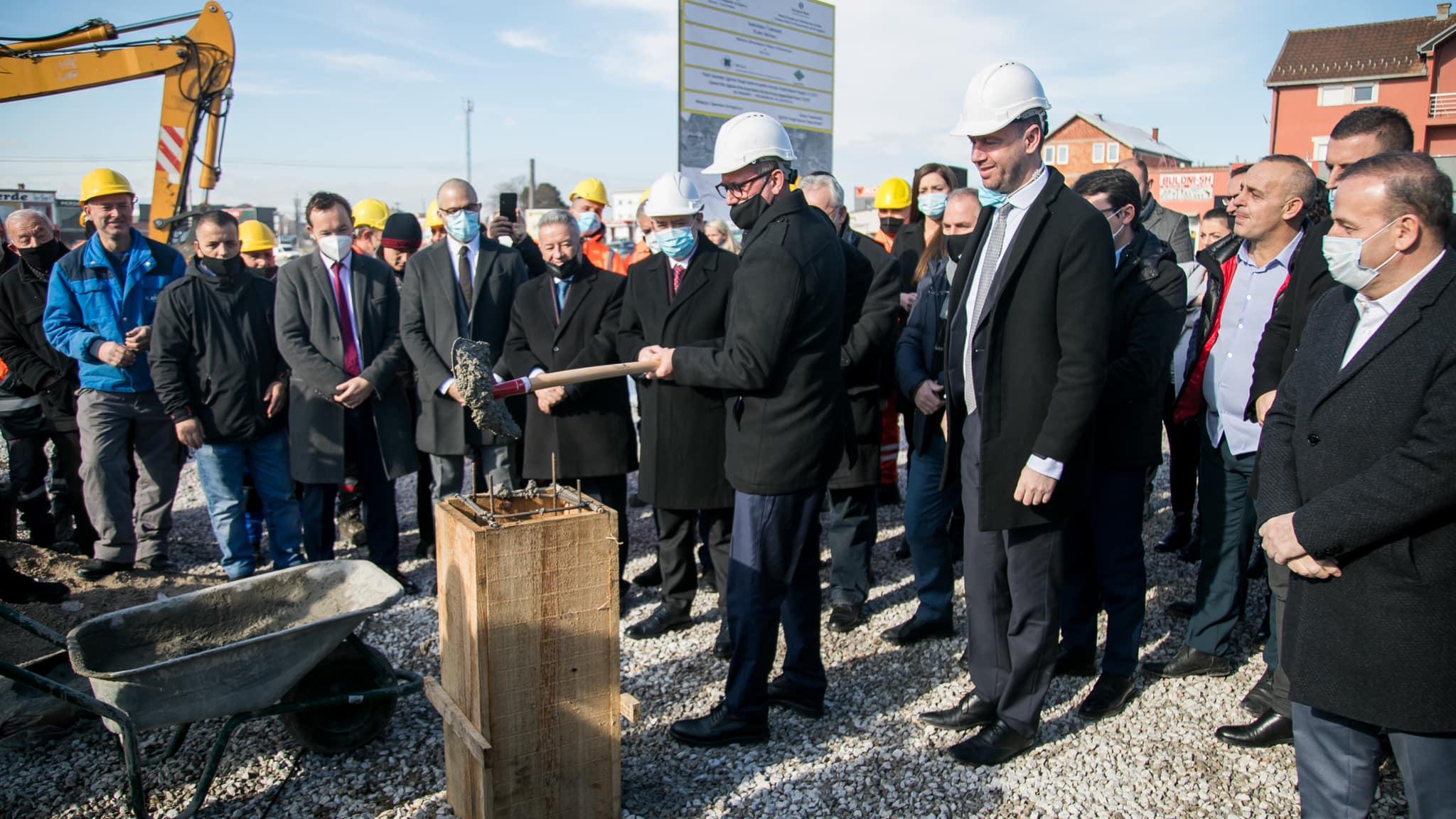 bibaj - Komuna e Ferizajt rregullon disa rrugë
